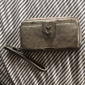 Stella and Dot wristlet/wallet